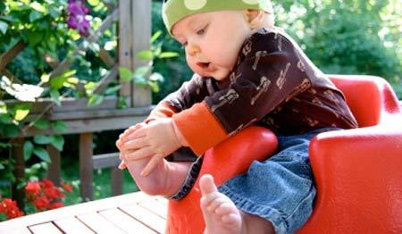 Грибок на ногах у ребенка: причины появления, методы лечения и профилактика